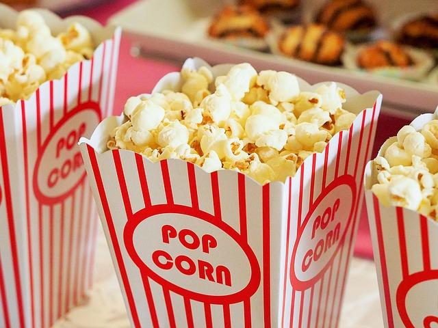 pražená kukuřice v kině