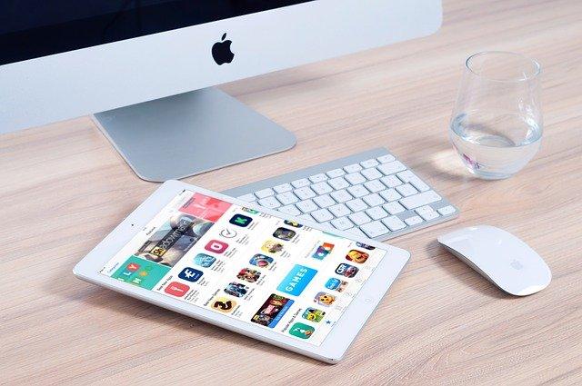iMac pro práci i školu