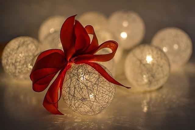 dekorační kuličky.jpg